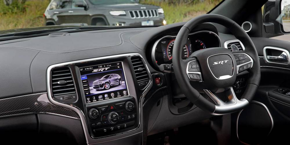 2014 Jeep Grand Cherokee SRT x.jpg