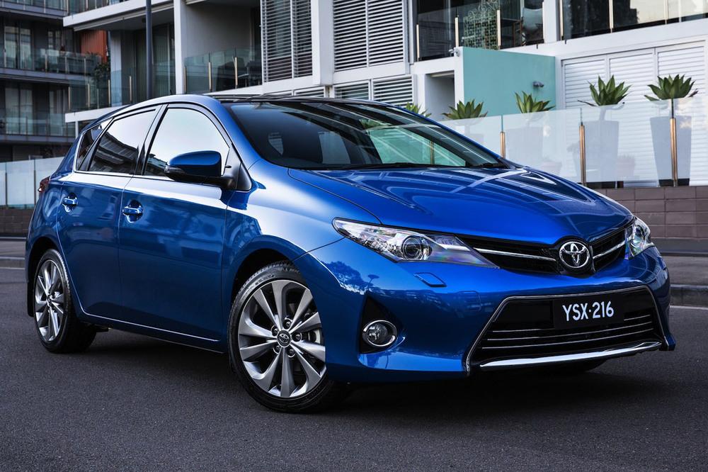 2013-Toyota-Corolla-5.jpg