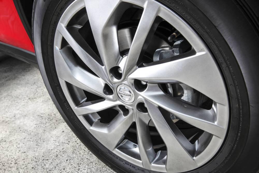 2014 Nissan X-Trail 21.jpg