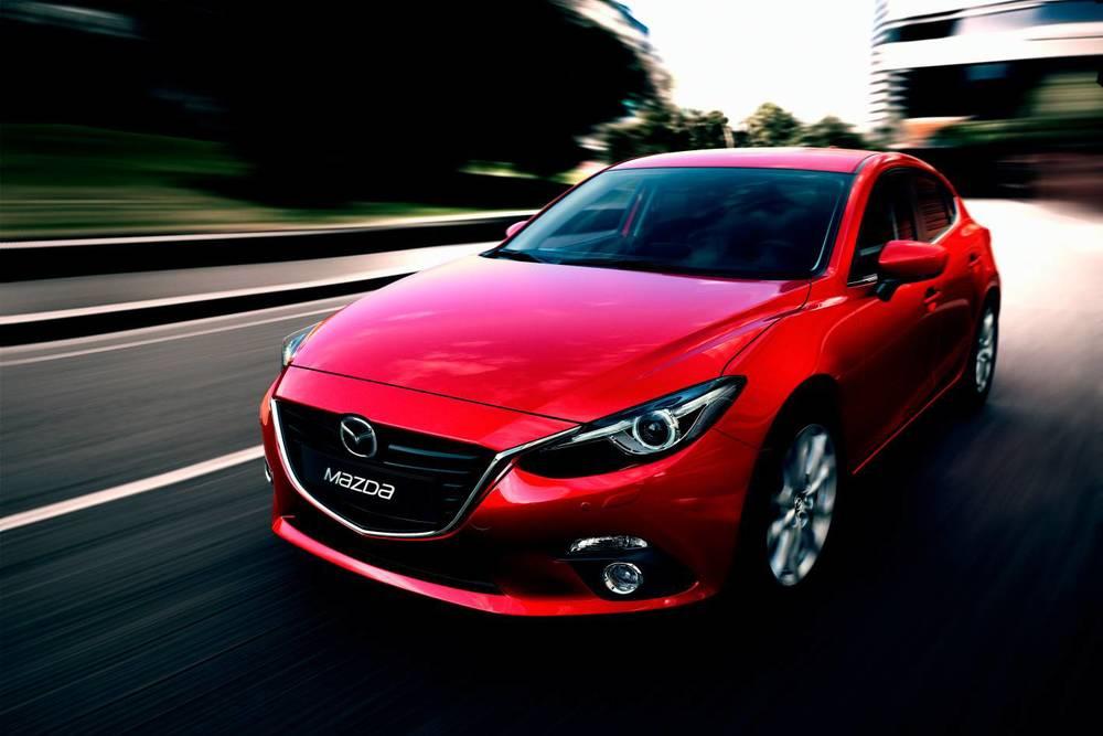 2014 Mazda3 Astina 4.jpg