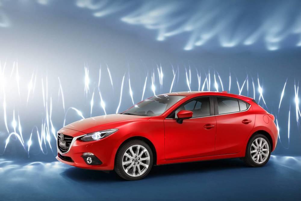 2014 Mazda3 Astina 10.jpg