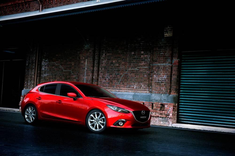 2014 Mazda3 Astina 6.jpg