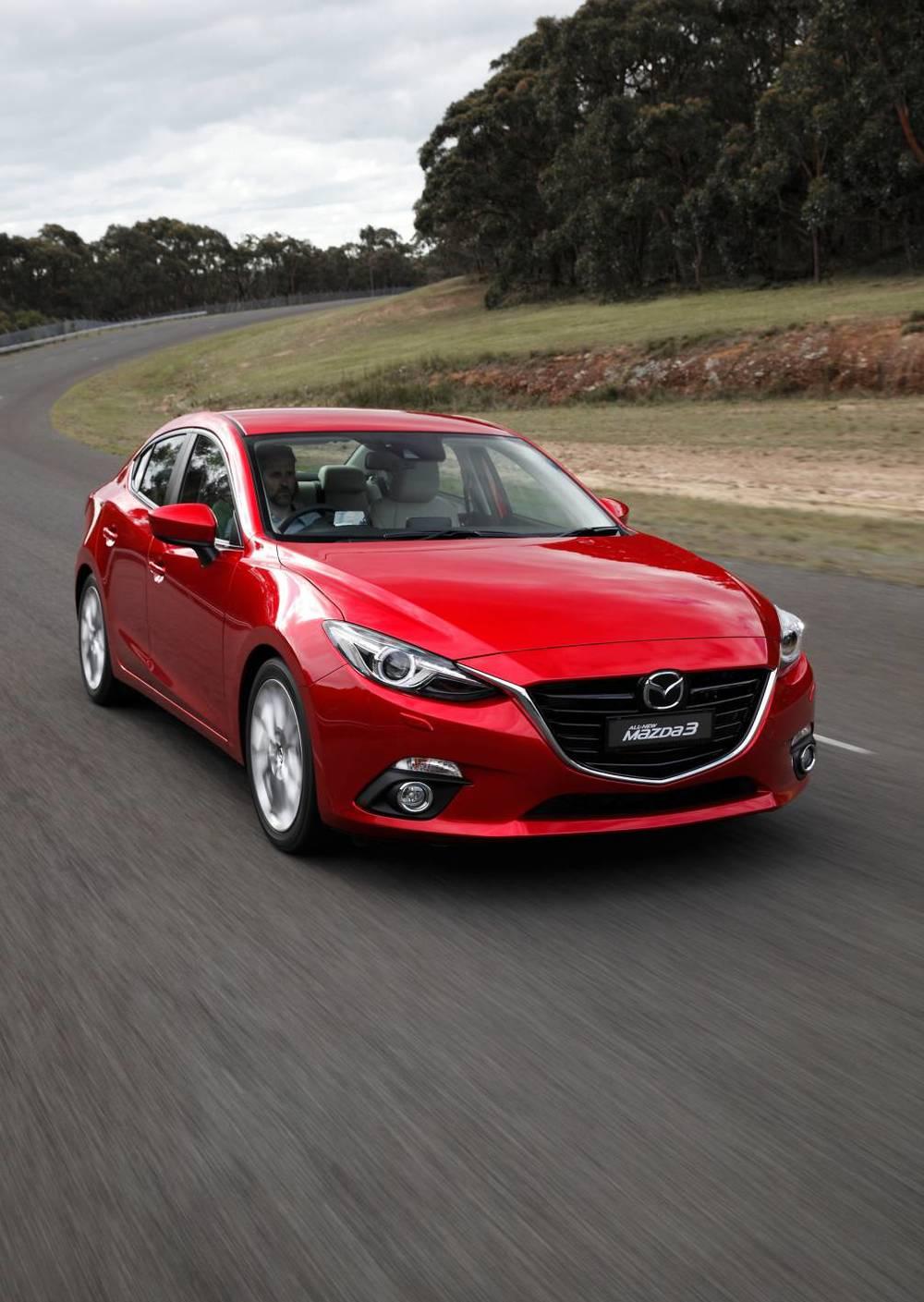 2014 Mazda3 Astina 25.jpg