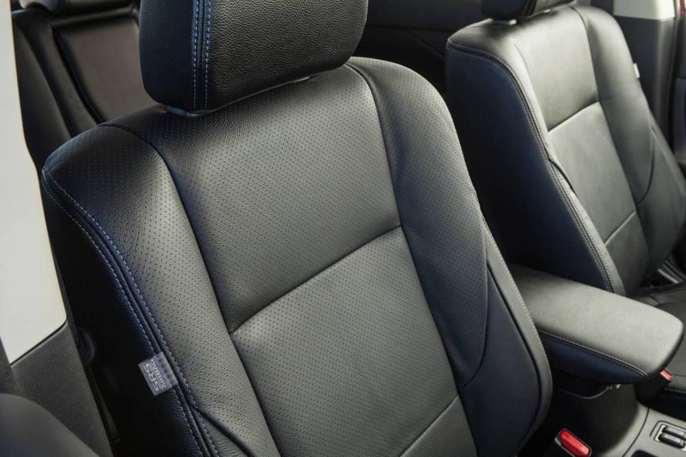 2014 Mitsubishi Outlander 5.jpg