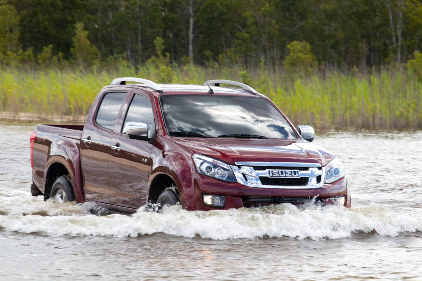 Should I Buy A Holden Colorado Ute Or An Isuzu D Max Auto Expert