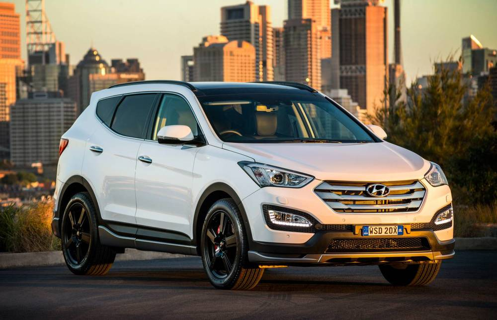 2015 Hyundai Santa Fe (upcoming SR model pictured)