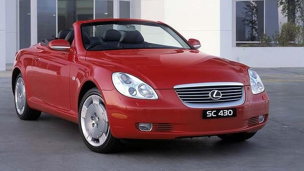 2010 Lexus SC430.jpg