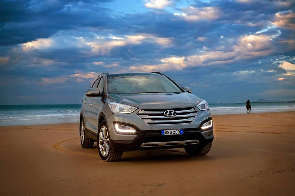 2015 Hyundai Santa Fe 2.jpg