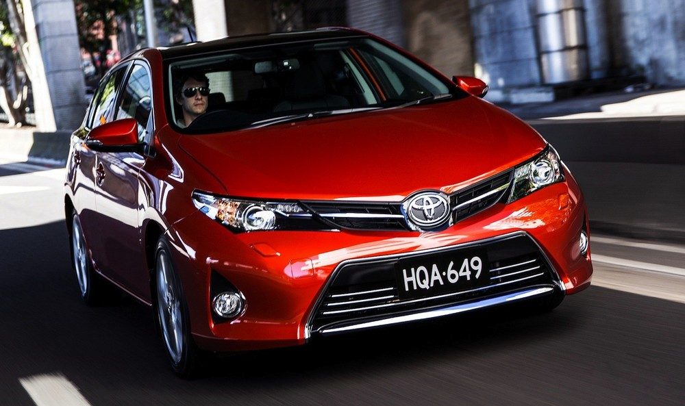 Toyota Corolla.jpg