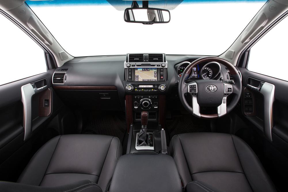 2015 Toyota Prado 3.jpg