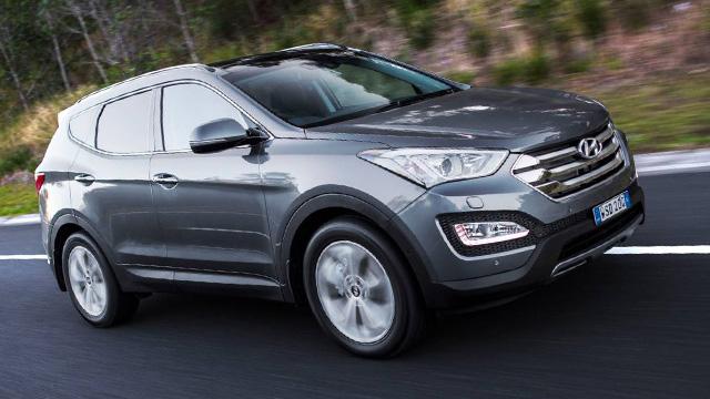 2015 Hyundai Santa Fe.jpg