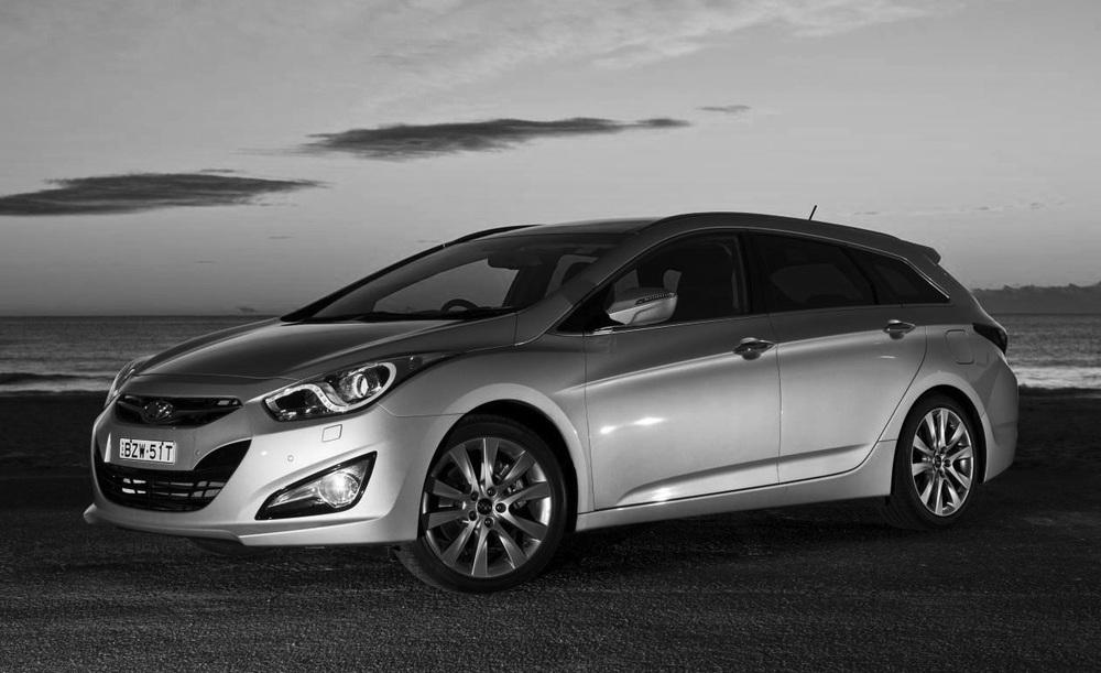 2012-Hyundai-i40-Tourer-Premium.jpg