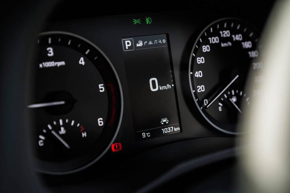 2015 Hyundai Tucson 12.jpg
