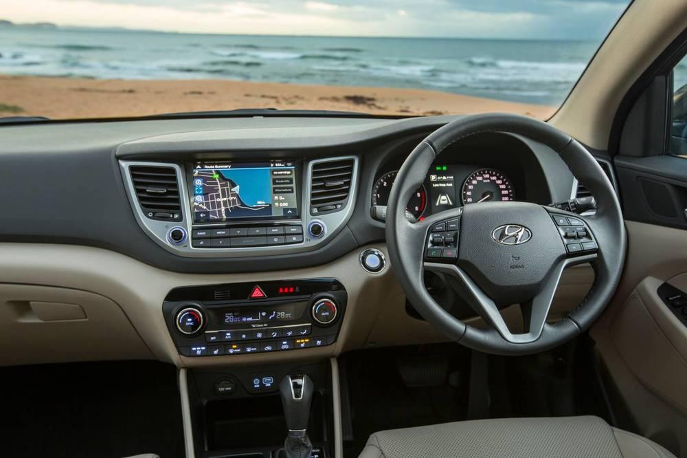 2015 Hyundai Tucson 10.jpg