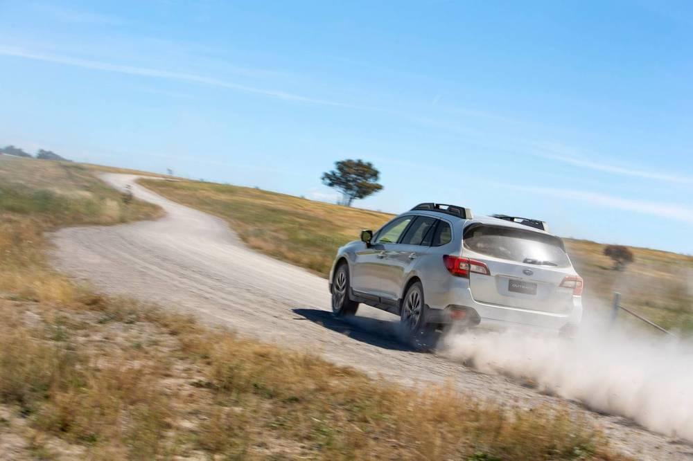 2015 Subaru Outback 12.jpg