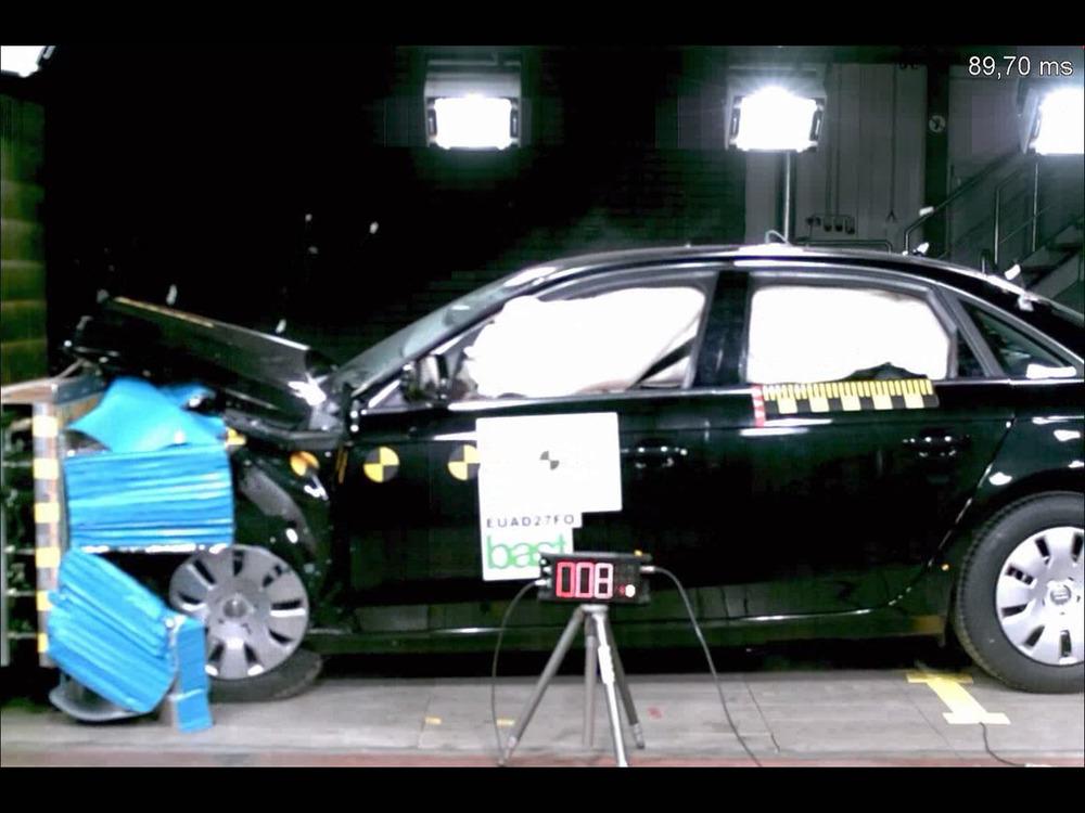 Crash - Audi A4.jpg