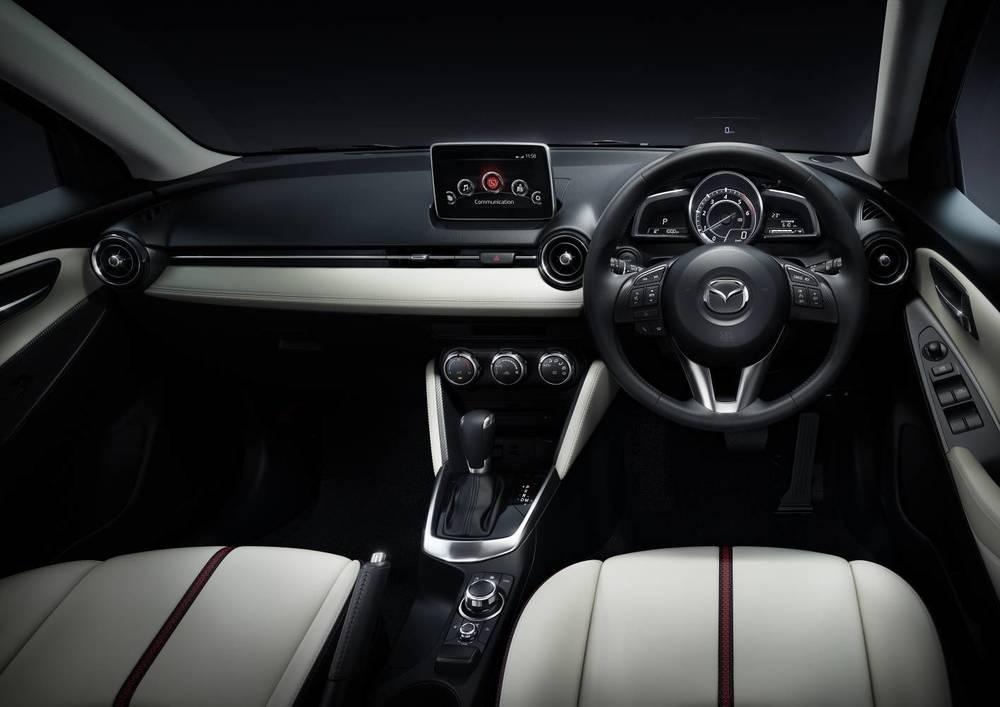 2016 Mazda2 13.jpg