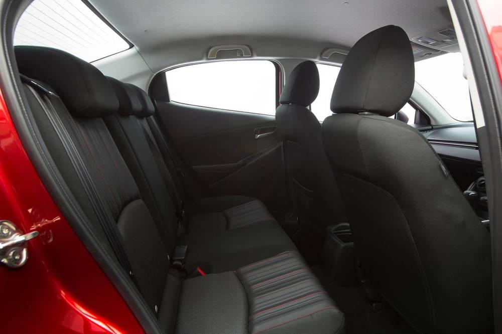 2016 Mazda2 6.jpg