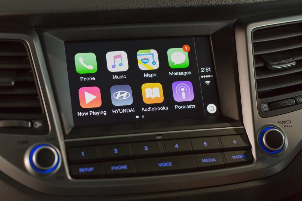 2016 Hyundai Tucson Apple CarPlay 3.jpg