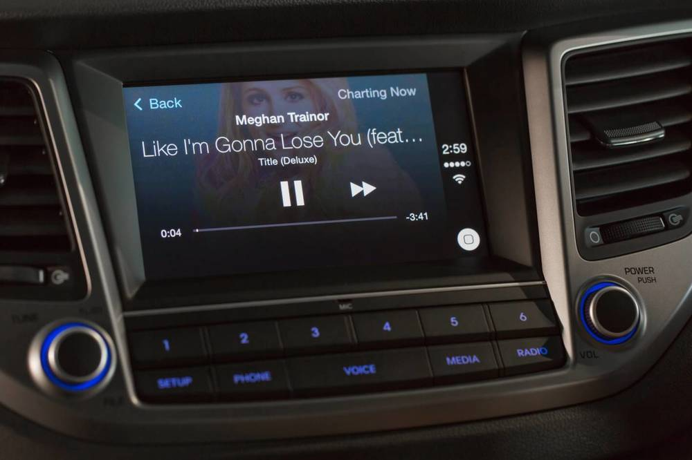 2016 Hyundai Tucson Apple CarPlay 7.jpg