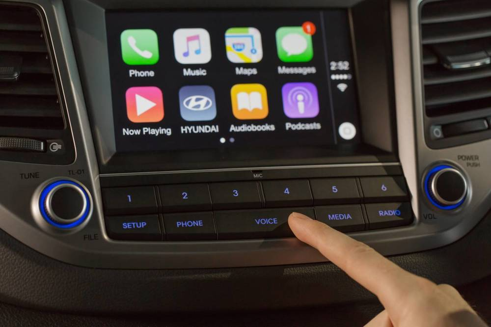 2016 Hyundai Tucson Apple CarPlay 4.jpg