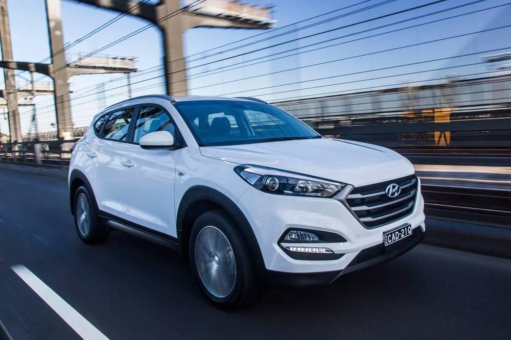 2016 Hyundai Tucson Active X 2.jpg