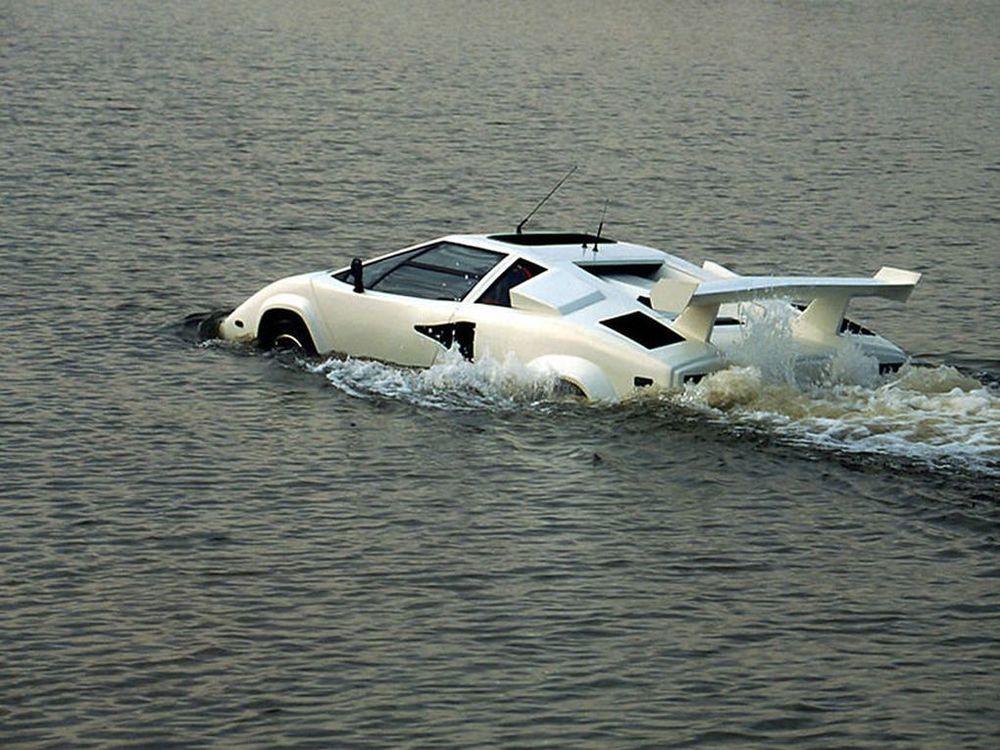 On Q: Amphibious Fake Lamborghini for a Fake James Bond?
