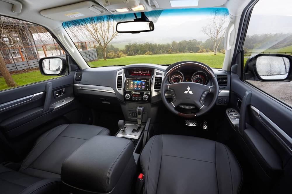 Mitsubishi Pajero 3.jpg