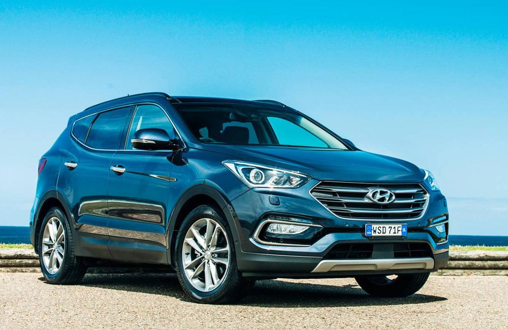 2016 Hyundai Santa Fe.jpg