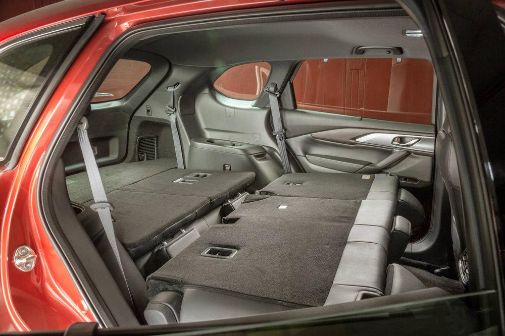 Mazda CX-9 3.jpg