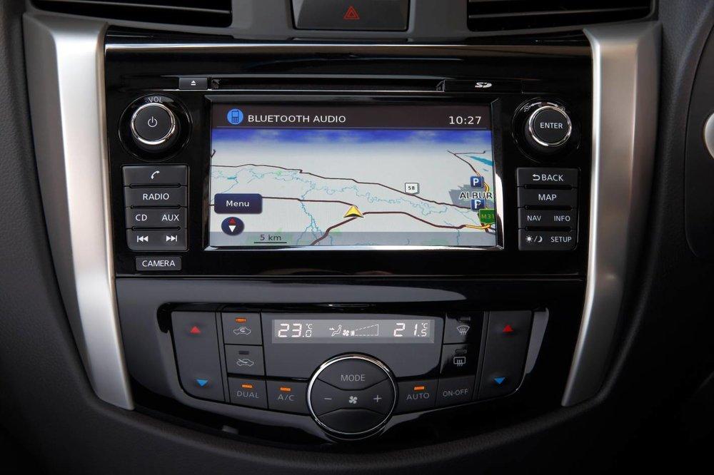 2017 Navara GPS.jpg