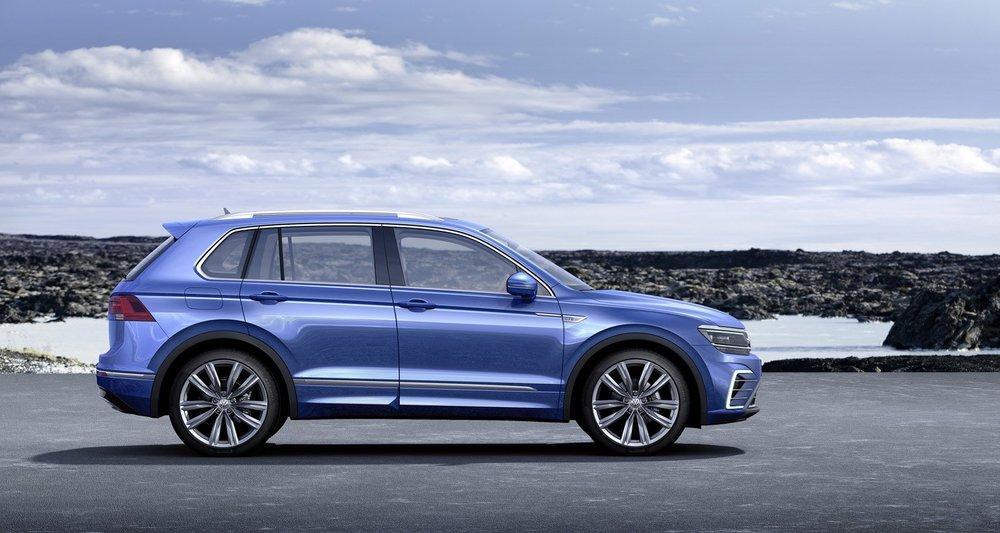 2017-VW-Tiguan-GTE-04.jpg