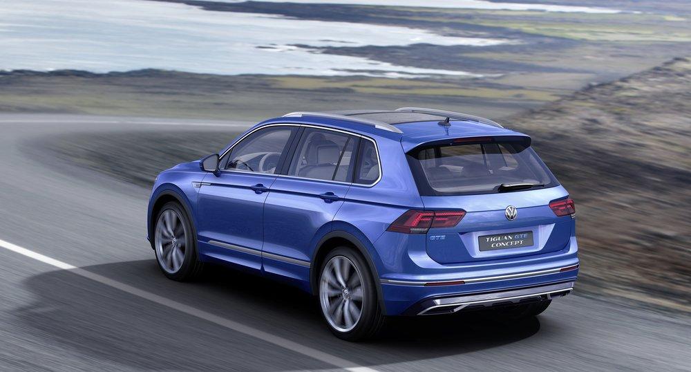 2017-VW-Tiguan-GTE-19.jpg