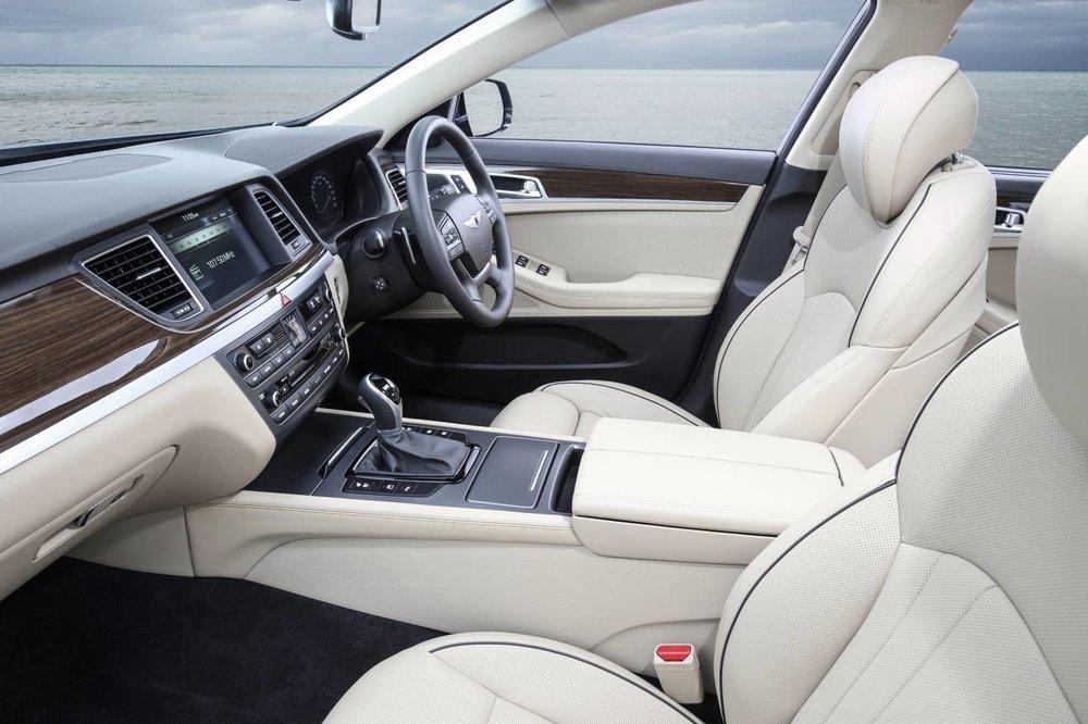 Hyundai Genesis Ultimate 3.jpg