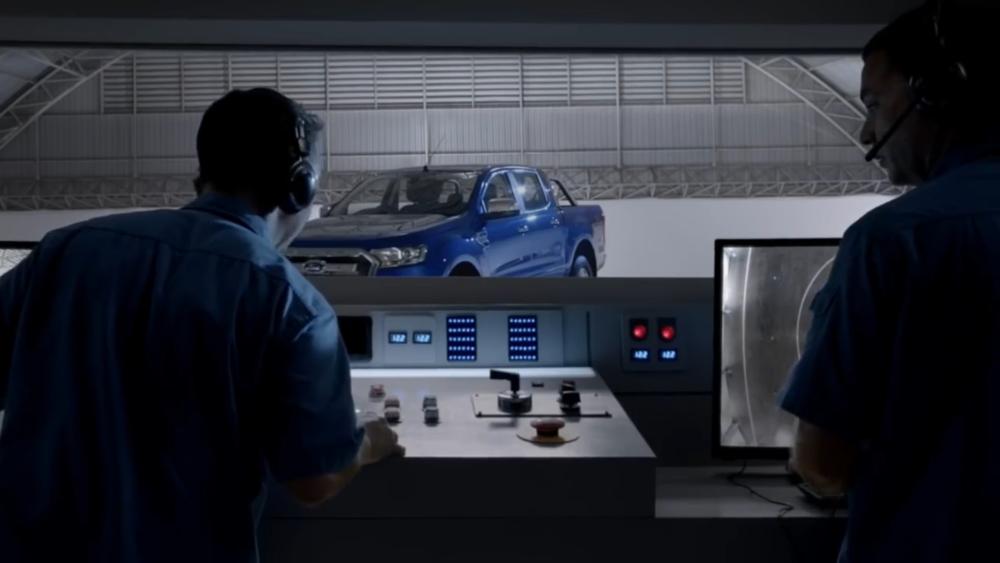 Ford Ranger  Science of Truck - Rangerfuge.mp4.00_00_18_24.Still014.png