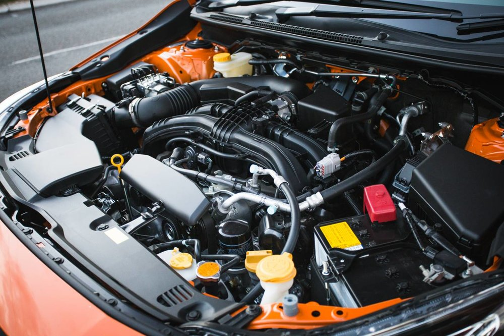 2.0-litre direct injection boxer 4cyl