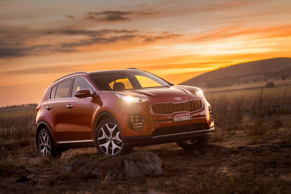 Kia Sportage diesel has one of the best towing capacities among five-seat SUVs, at 1900kg. Be careful about exceeding the towball download limit, however: it's just 100kg.   More on Kia Sportage >>
