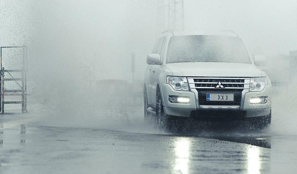 mitsubishi-in-rain.jpg