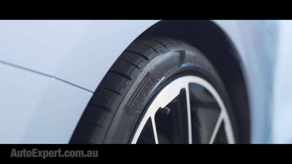 i30 N pirellis.jpg
