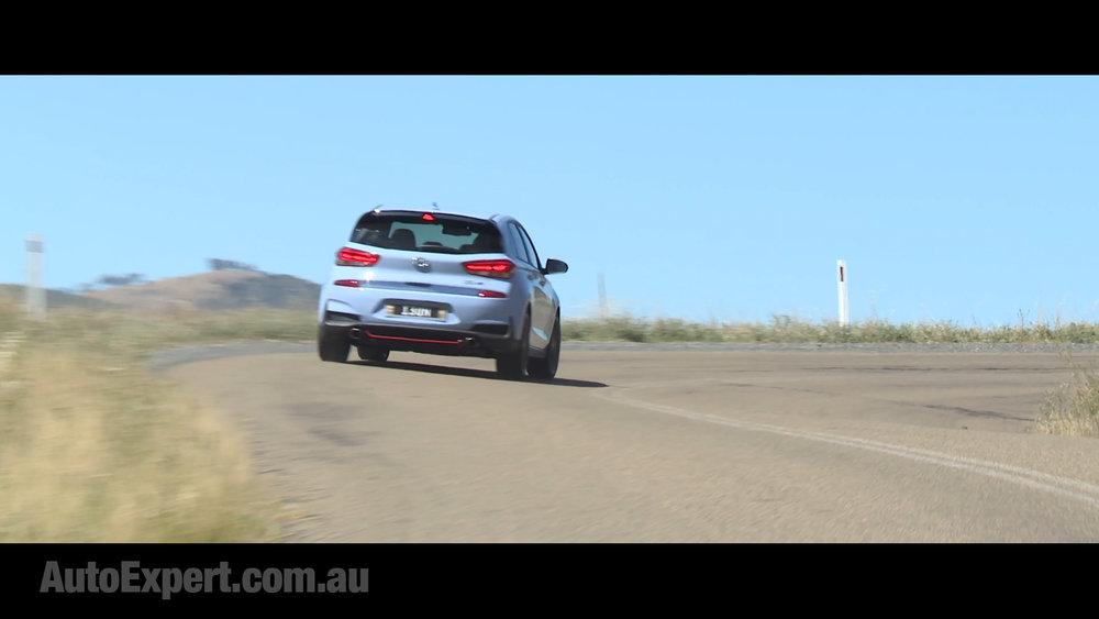 i30 N rear cornering 1.jpg