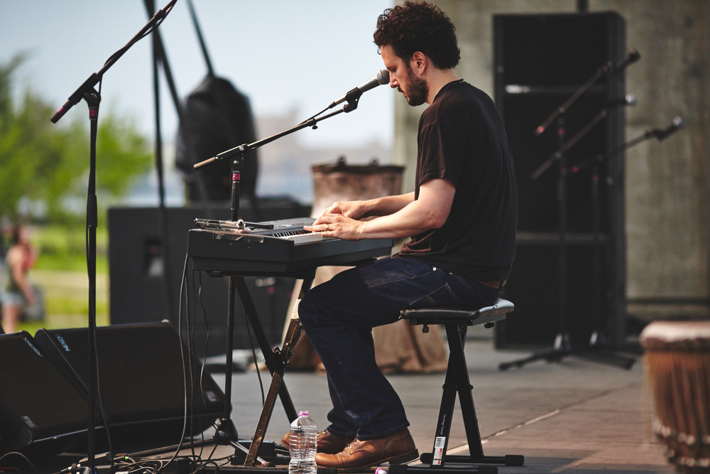 Mason_Jennings_At_Twin_Ports_Music_Festival_Duluth_By_Photographer_Joe_Lemke_053.JPG