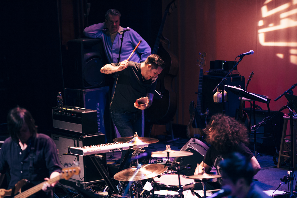 Motion_City_Soundtrack_And_Steven_Yeun_Perform_On_Wits_043.JPG