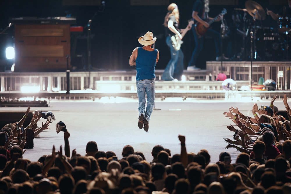 Kenny_Chesney_At_US_Bank_Stadium_On_05-05-2018_Photo_By_Joe_Lemke_020.jpg