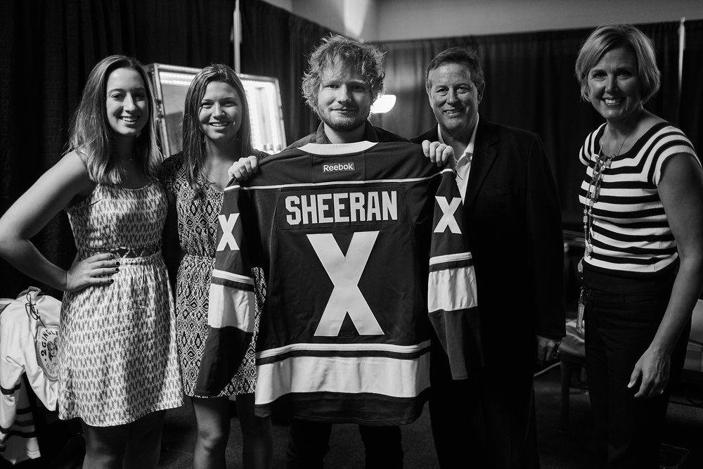 Ed_Sheeran_Gift_Presentation_09-15-2015_Photo_By_Joe_Lemke_007.jpg