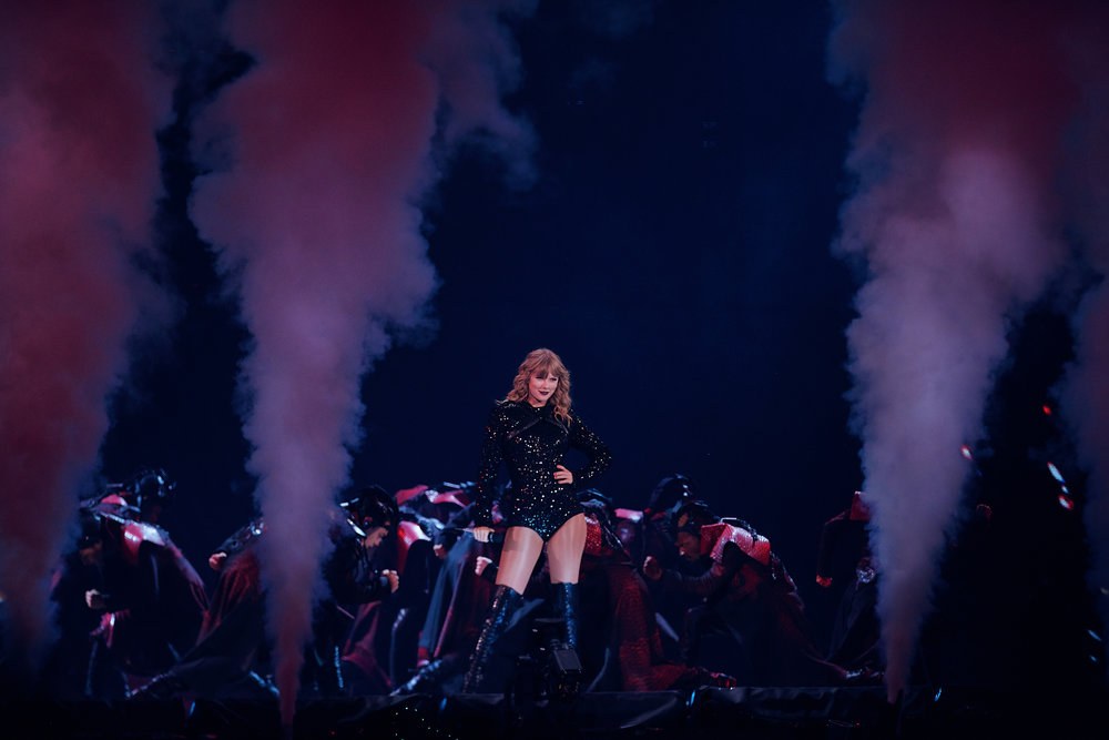 Taylor_Swift_at_US_Bank_Stadium_08-31-2018_Photo_By_Joe_Lemke_020.jpg