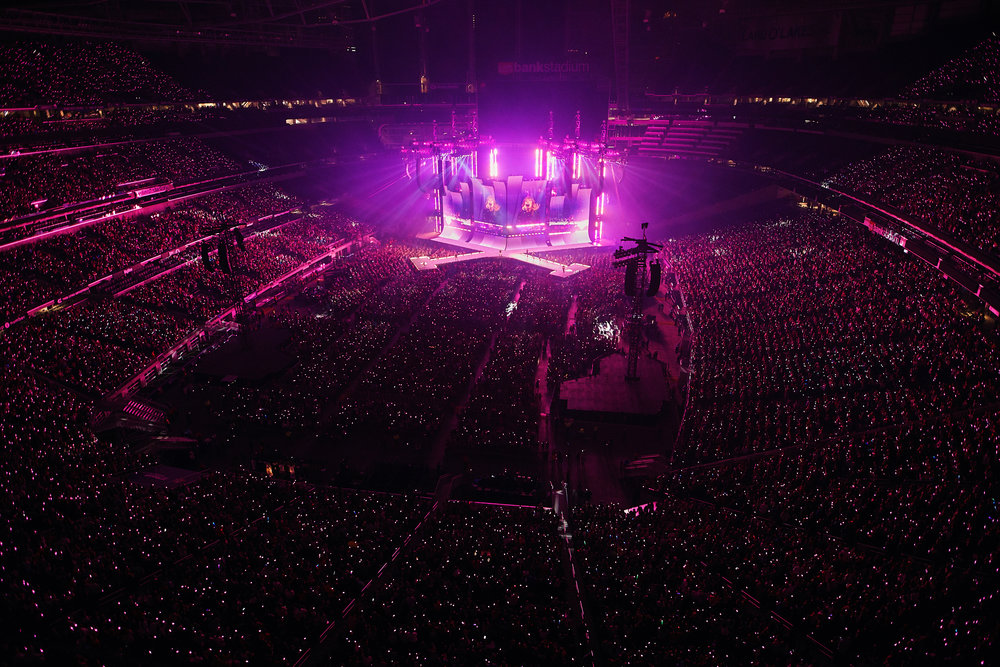 Taylor_Swift_at_US_Bank_Stadium_08-31-2018_Photo_By_Joe_Lemke_038.jpg