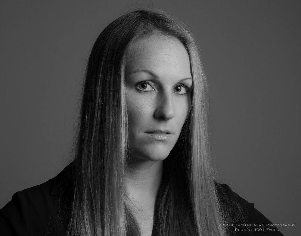 Lindsay - Project 1001 Faces. Fuji X-Pro1, 18-55 f/2.8-4 Lens.
