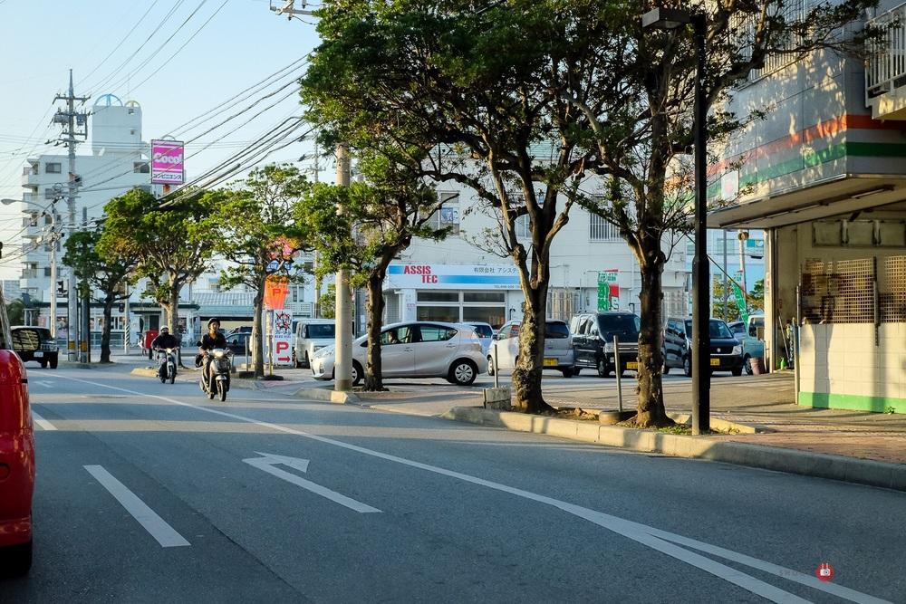 Chatan, Okinawa. Fuji x100s w/ TCLx100 Teleconverter- ISO500, f/5.6,, 1/1000 sec. Edited in Lightroom.