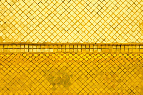 gold wall.jpg