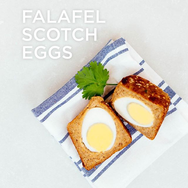 Getting through January the best we can but sometimes you just need some stodgy comfort food, am I right? 🙌 There are even days when only a scotch egg will do! Here's a cheeky little recipe from our book MCL EVERYDAY which reminds us of summer picnics & sums up just how fun #healthyeating can be! #missioncleanlean #veggiebakes #eatwell #cleaneats #protein #healthysnacks #healthyrecipes #scotchegg #vegetarianrecipes #veggie #picnic #mcleveryday